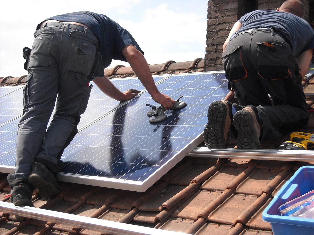 solar panels 944000 1280 - Wonen - wonen zonnepanelen